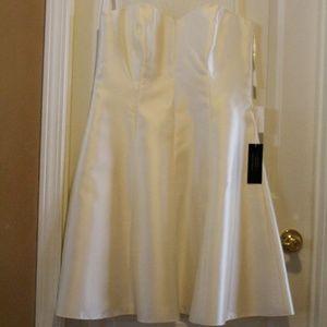 Lela Rose Bridesmaid Dress LR210 Ivory Size 16